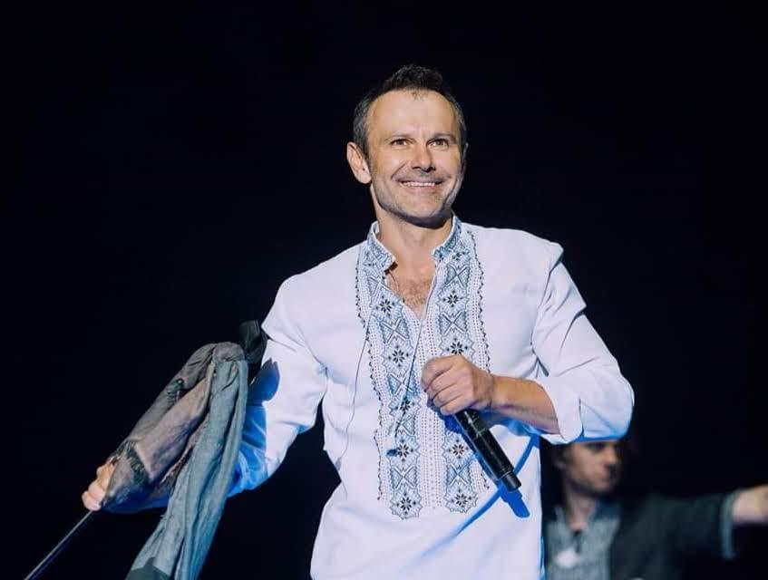 """Лідер гурту """"Океан Ельзи""""  Святослав Вакарчук на Вишиванковому фестивалі"""